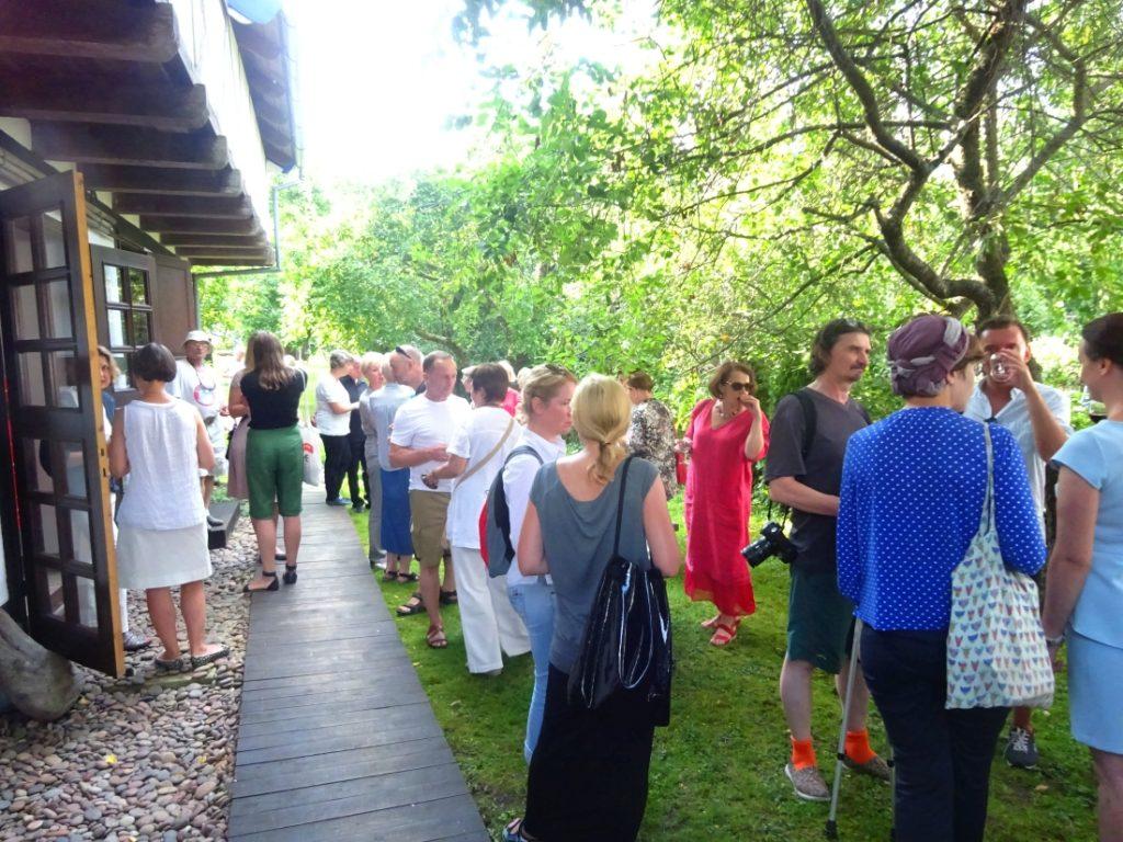 Kuenstlerhaus Empfang im Garten