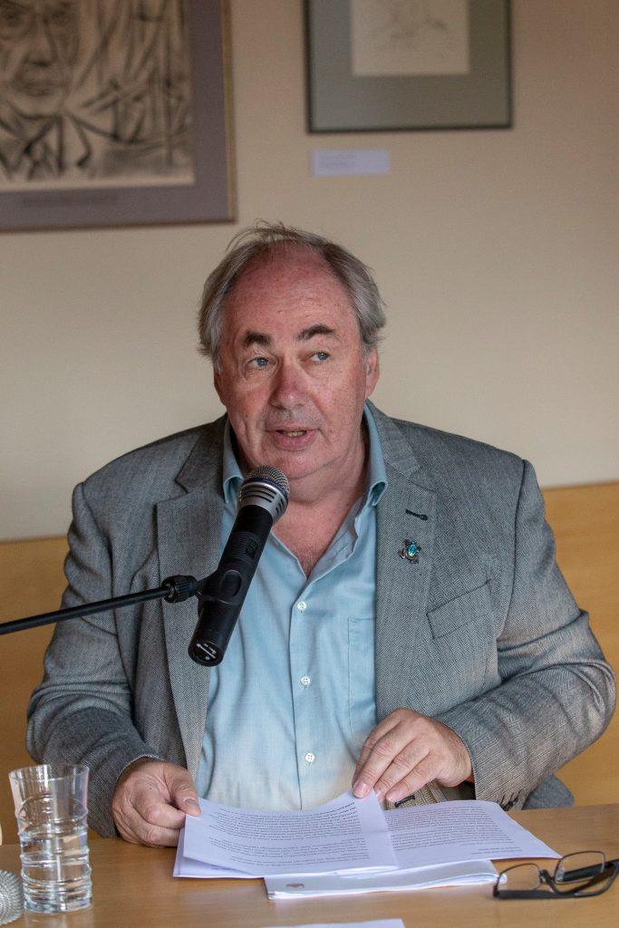 Uwe Naumann Mann Spezialist